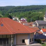 Dorfgemeinschaftshaus-mit-Ortsansicht-gross